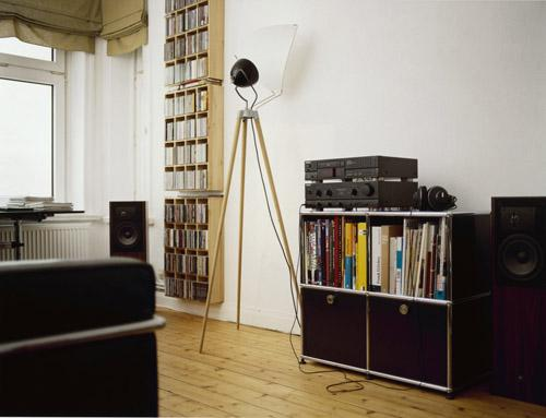 usm haller wohnzimmer:USM Haller Beistelltisch 35, Oben und unten Metall, USM rubinrot von