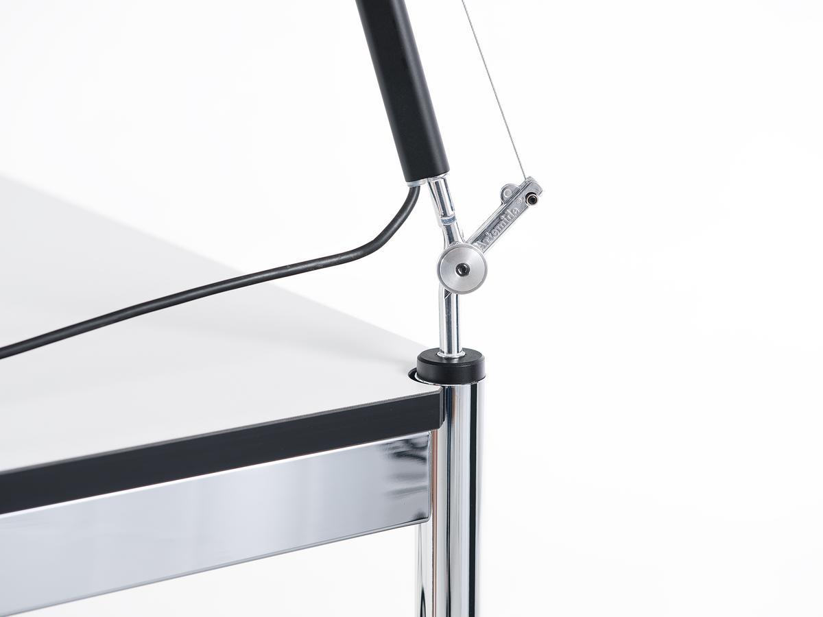 usm haller usm lampenzapfen f r usm haller tisch von usm. Black Bedroom Furniture Sets. Home Design Ideas