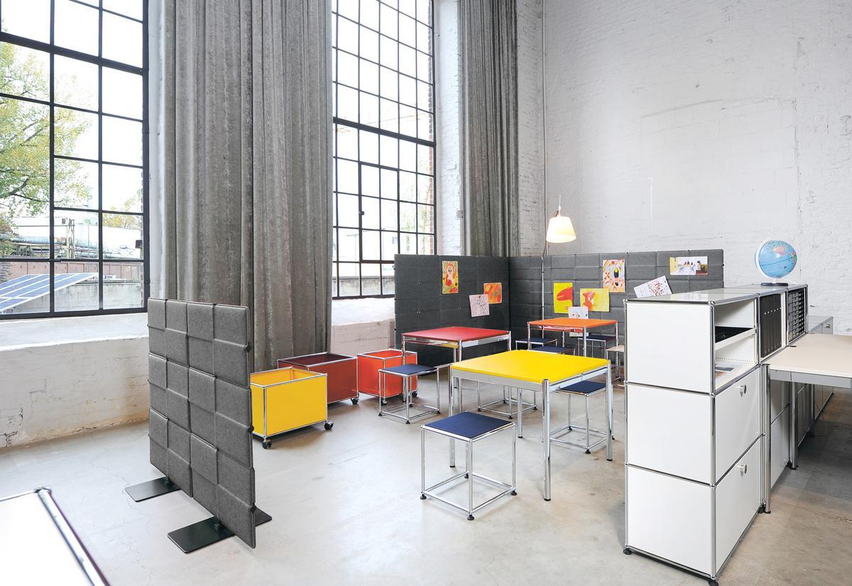 usm haller usm privacy panels akustikwand von usm 2015 designerm bel von. Black Bedroom Furniture Sets. Home Design Ideas