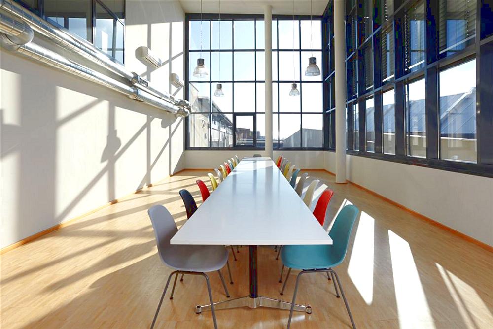 Vitra Esstisch Stühle ~ Vitra DSX von Charles & Ray Eames, 1950  Designermöbel von smowde