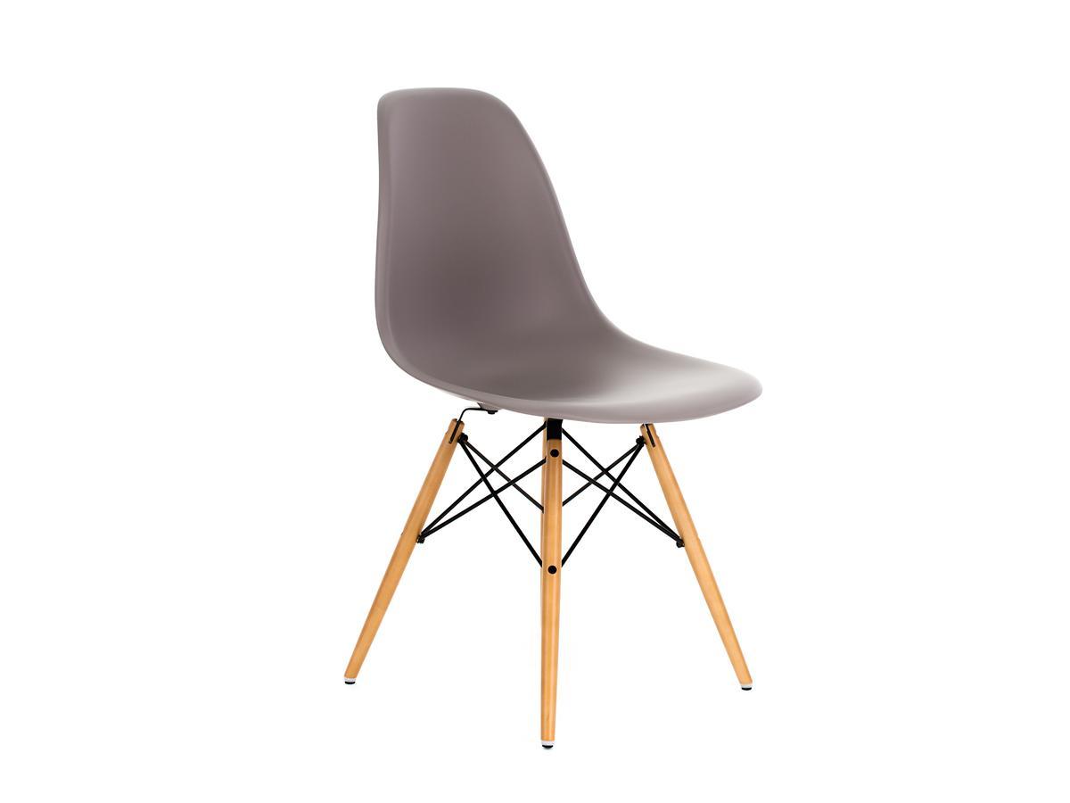 vitra dsw ohne polsterung mauve grau ahorn gelblich von charles ray eames 1950. Black Bedroom Furniture Sets. Home Design Ideas