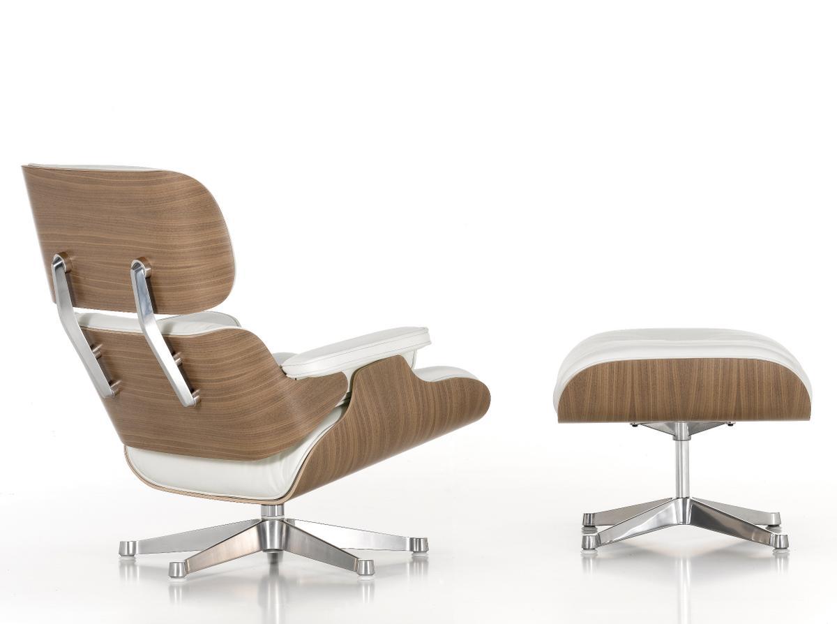 Vitra lounge chair ottoman white version von charles for Vitra lounge chair nachbau