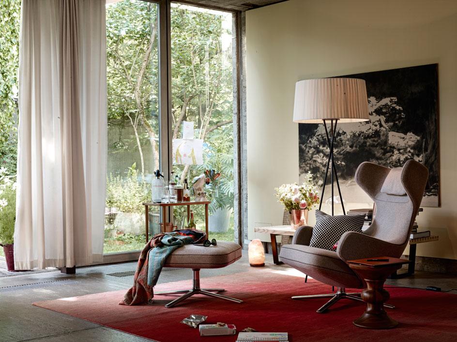 vitra grand repos sessel grand repos leder premium chocolate 41 cm poliert von antonio. Black Bedroom Furniture Sets. Home Design Ideas