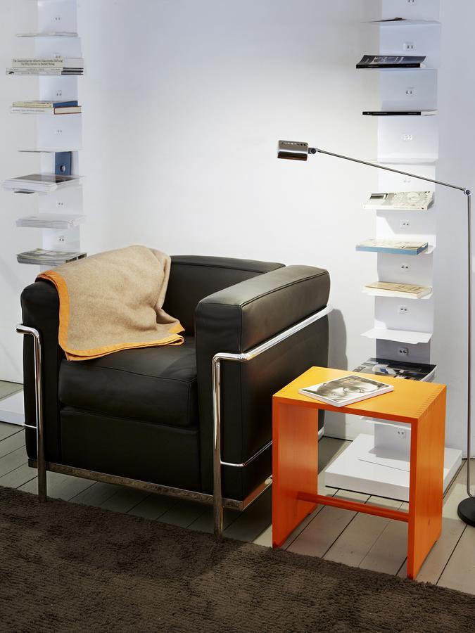 wb form ulmer hocker in colour von max bill 1954 designerm bel von. Black Bedroom Furniture Sets. Home Design Ideas